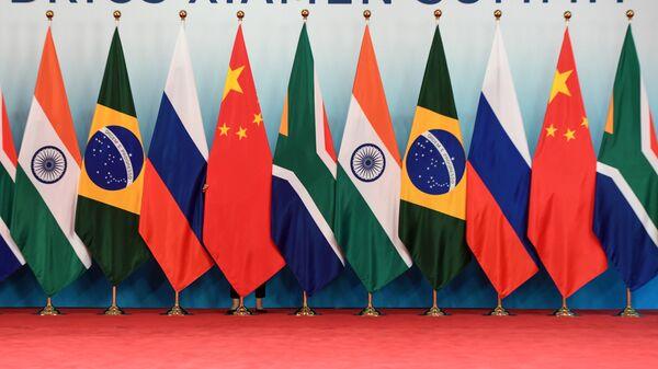 Флаги стран-участниц встречи лидеров БРИКС