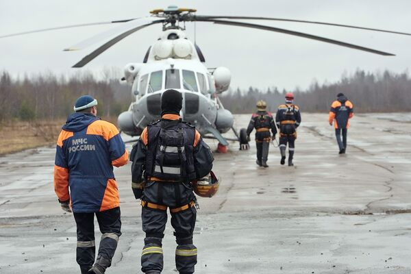 Вертолет МЧС. Архив.