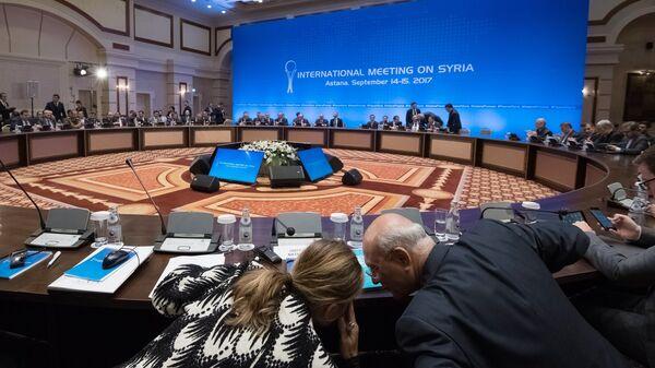 Участники заседания совместной оперативной группы по сирийскому урегулированию на международной встрече в Астане. Архивное фото