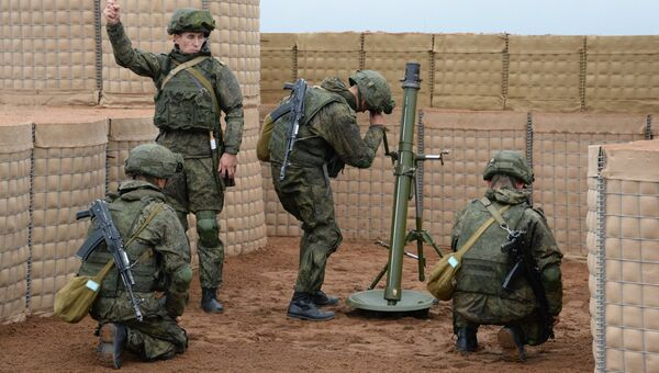 Минометный расчет вооруженных сил РФ. Архивное фото