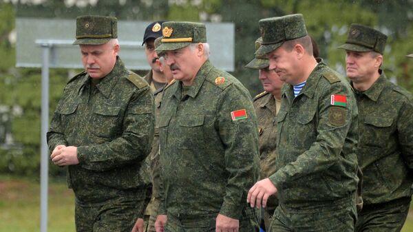 Президент Белоруссии Александр Лукашенко во время совместных стратегических учений вооруженных сил Республики Белоруссия и Российской Федерации Запад-2017. 20 сентября 2017