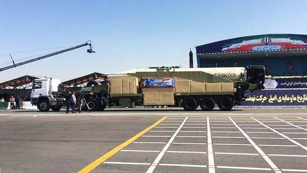 Баллистическая ракета Khorramshahr во время парада в Тегеране, Иран. Архивное фото