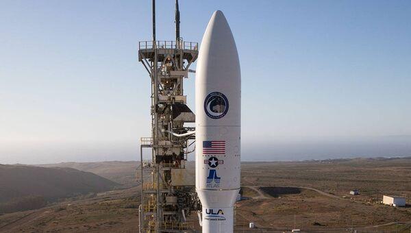 Ракета Atlas V на старте. Архивное фото