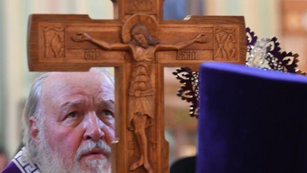 Патриарх Московский и всея Руси Кирилл совершает Всенощное бдение с чином воздвижения Креста Господня