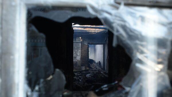 Дом в селе Павловка, разрушенный в результате пожара на складе с боеприпасами в Винницкой области Украины. 27 сентября 2017