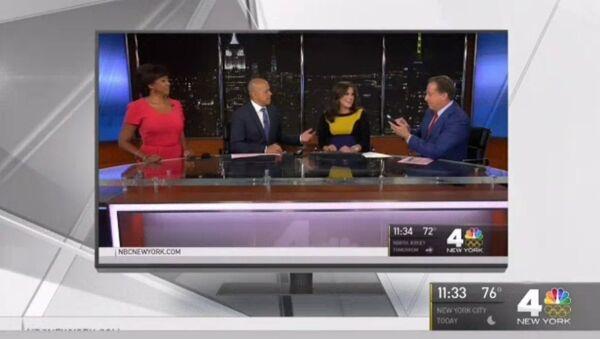 Американская телеведущая начала рожать в прямом эфире