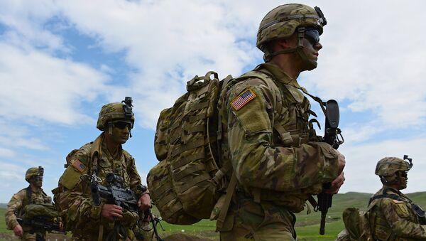 Военнослужащие на совместных военных учениях вооруженных сил Грузии и США Noble Partner