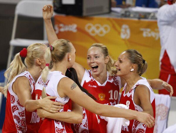 Сборная России потерпела первое поражение на женском Евробаскете
