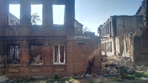 Дома на Театральном спуске в Ростове-на-Дону после крупного пожара. Архивное фото