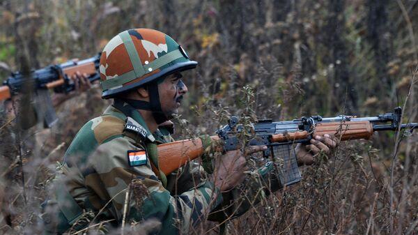 Военнослужащий Вооруженных Сил Индии на учениях Индра-2017