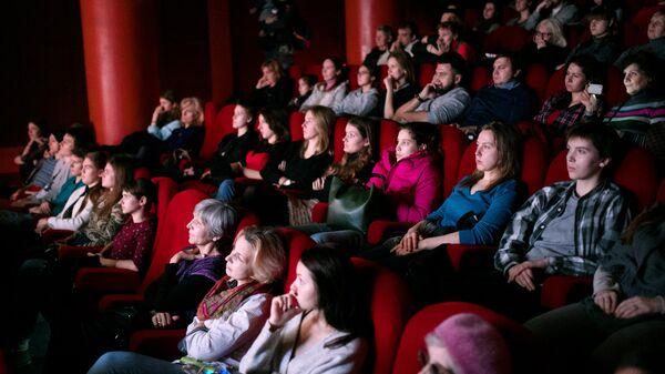 Фильм Мать, снятый на народные деньги, покажут в Москве