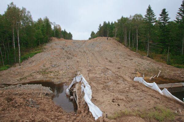 Строительство трубопровода в рамках проекта Сахалин-2