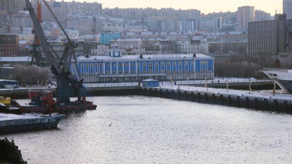 Порт города Владивосток