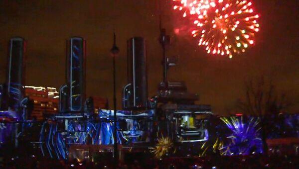 Главный штаб и Аврора на столетие революции стали сценами для 3D-шоу