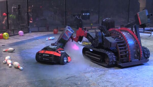 Стальные гладиаторы: роботы из России и Англии сразились в Петербурге