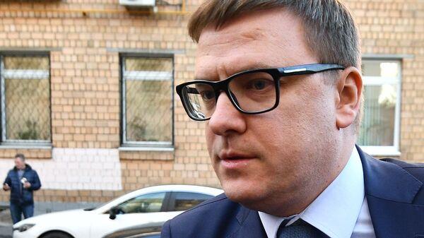 Первый заместитель министра энергетики Российской Федерации Алексей Текслер перед очередным заседанием суда по делу экс-министра экономического развития Алексея Улюкаева. 13 ноября 2017