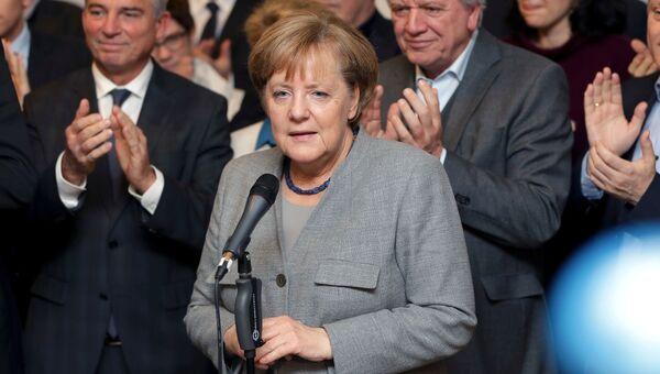 Лидер ХДС, канцлер Германии Ангела Меркель во время пресс-конференции в Берлине