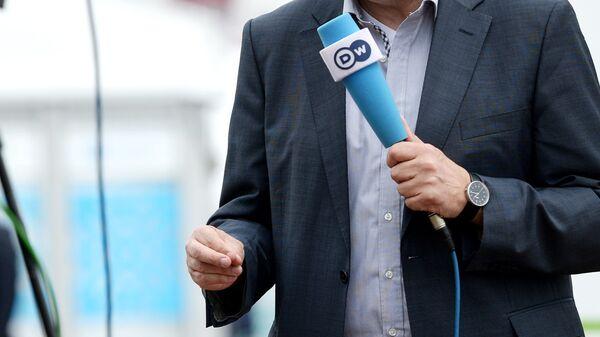 Журналист телерадиокомпании Deutsche Welle