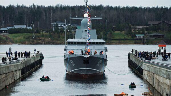Спуск на воду первого серийного малого ракетного корабля Тайфун проекта 22800