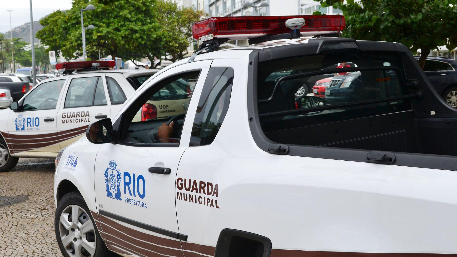 Автомобили полицейских в Рио-де-Жанейро, Бразилия - РИА Новости, 1920, 04.05.2021