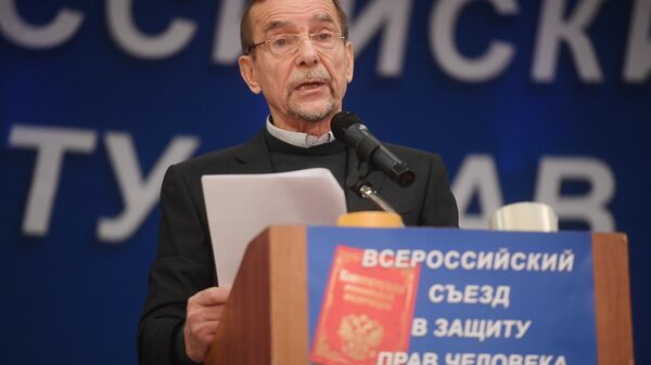 Лидер движения За права человека Лев Пономарев