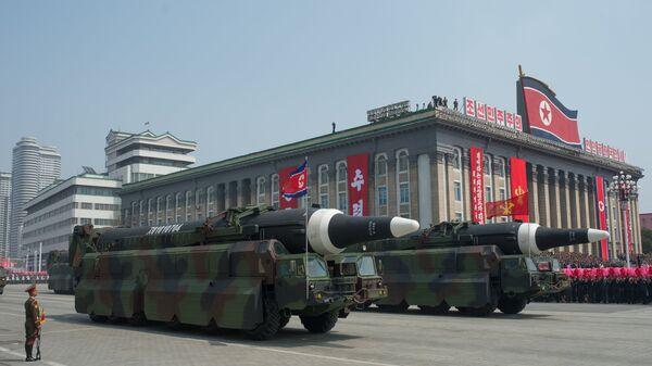 Пусковые установки баллистических ракет средней дальности. Архивное фото