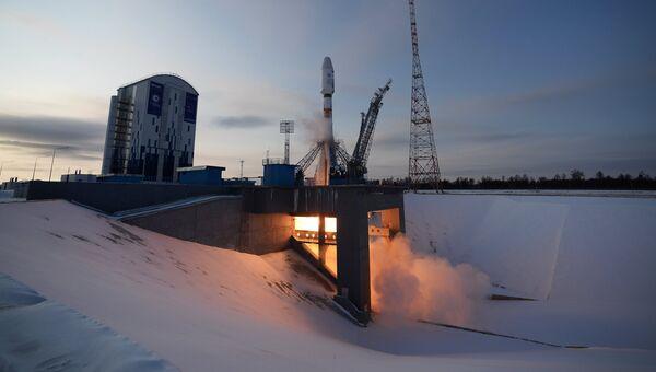 Старт ракеты-носителя Союз-2.1б с космическим аппаратом Метеор №2-1 с космодрома Восточный. Архивное фото