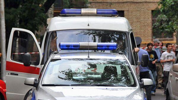 Автомобиль Subaru Forester 13 мая утром на юге Москвы сбил беременную женщину и скрылся