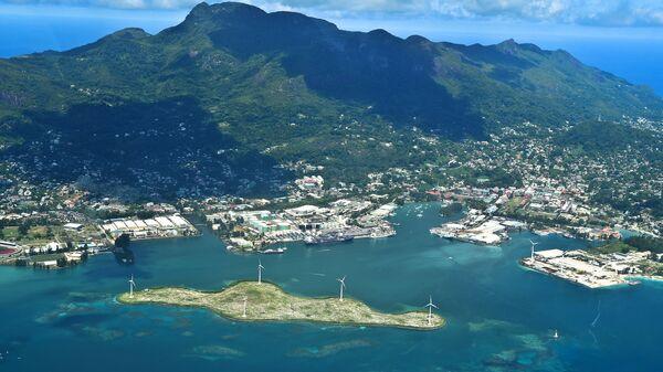 Панорамный вид на сейшельский остров Маэ