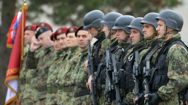 Сербские военнослужащие в ходе учений Славянское братство. Архивное фото