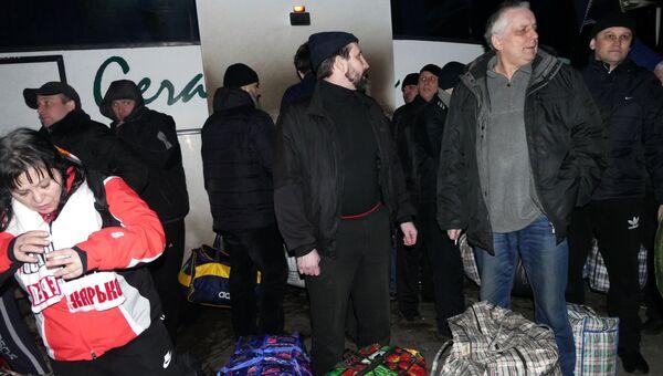 Пленные ДНР во время обмена пленными между ЛНР и ДНР и Киевом между поселками Майорск и Горловка. 27 декабря 2017