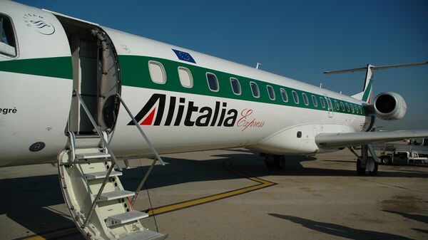 Самолет итальянской авиакомпании Alitalia