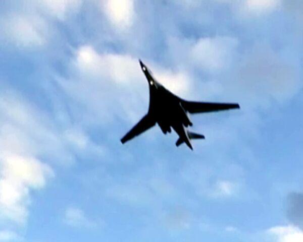 Уго Чавес учится летать: российские бомбардировщики в Венесуэле