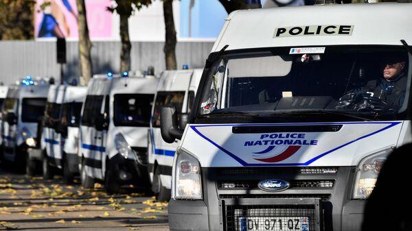 Полицейские автомобили в Париже