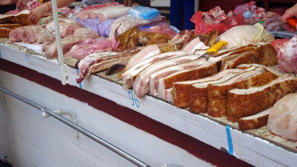 Торговля на Бессарабском рынке в Киеве