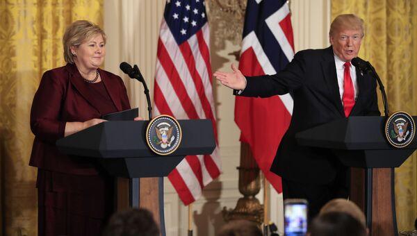 Президент США Дональд Трамп на пресс-конференции с премьером Норвегии Эрной Сульберг в Вашингтоне. 10 января 2018