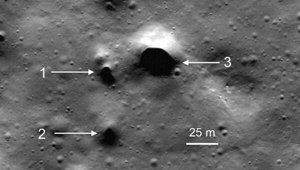 Лавовые трубки в кратере Филолай на северном полюсе Луны