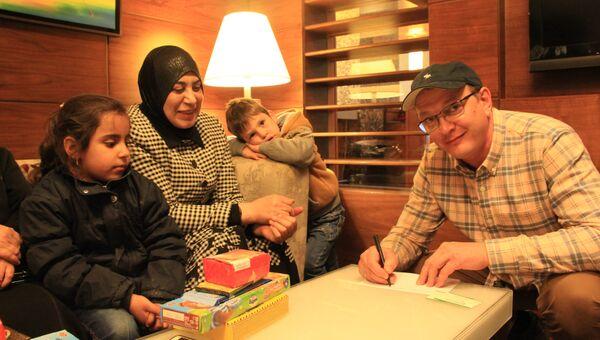 Актер Марат Башаров оформляет опекунство над сирийскими детьми