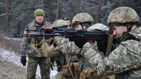 Обучение украинских военнослужащих на Яворивском полигоне. Архивное фото.