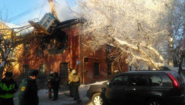 Обрушение строительного башенного крана на жилой двухэтажный дом в Кирове