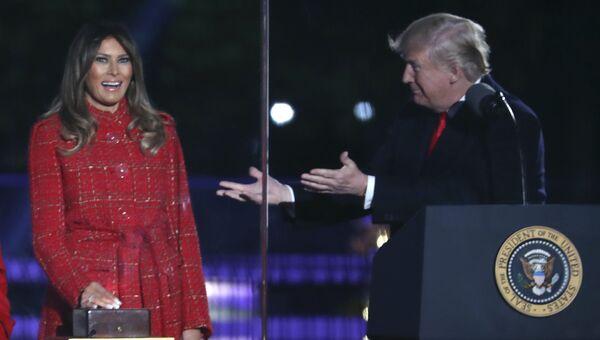 Президент США Дональд Трамп и первая леди Меланья Трамп. Архвиное фото