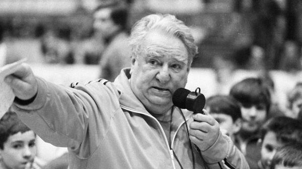 Заслуженный тренер СССР Анатолий Тарасов