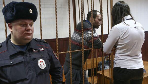 Въехавший в остановку на проспекте Мира водитель внедорожника Александр Овечкин в Таганском суде