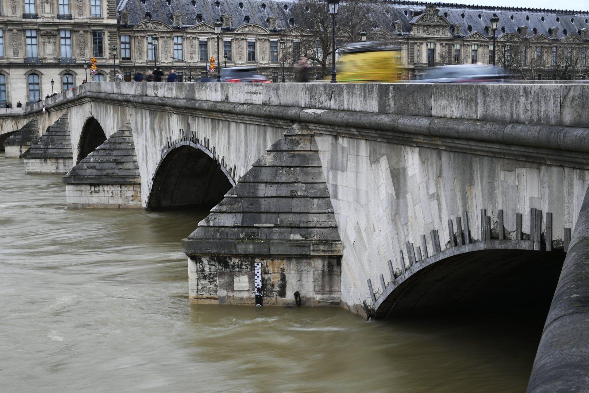 Уровень воды в реке Сене в Париже достиг пика. 29 января 2018 - РИА Новости, 1920, 16.10.2020