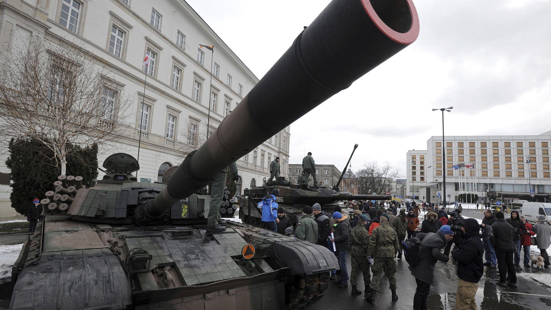 Польский танк PT-91 в Варшаве  - РИА Новости, 1920, 27.06.2021