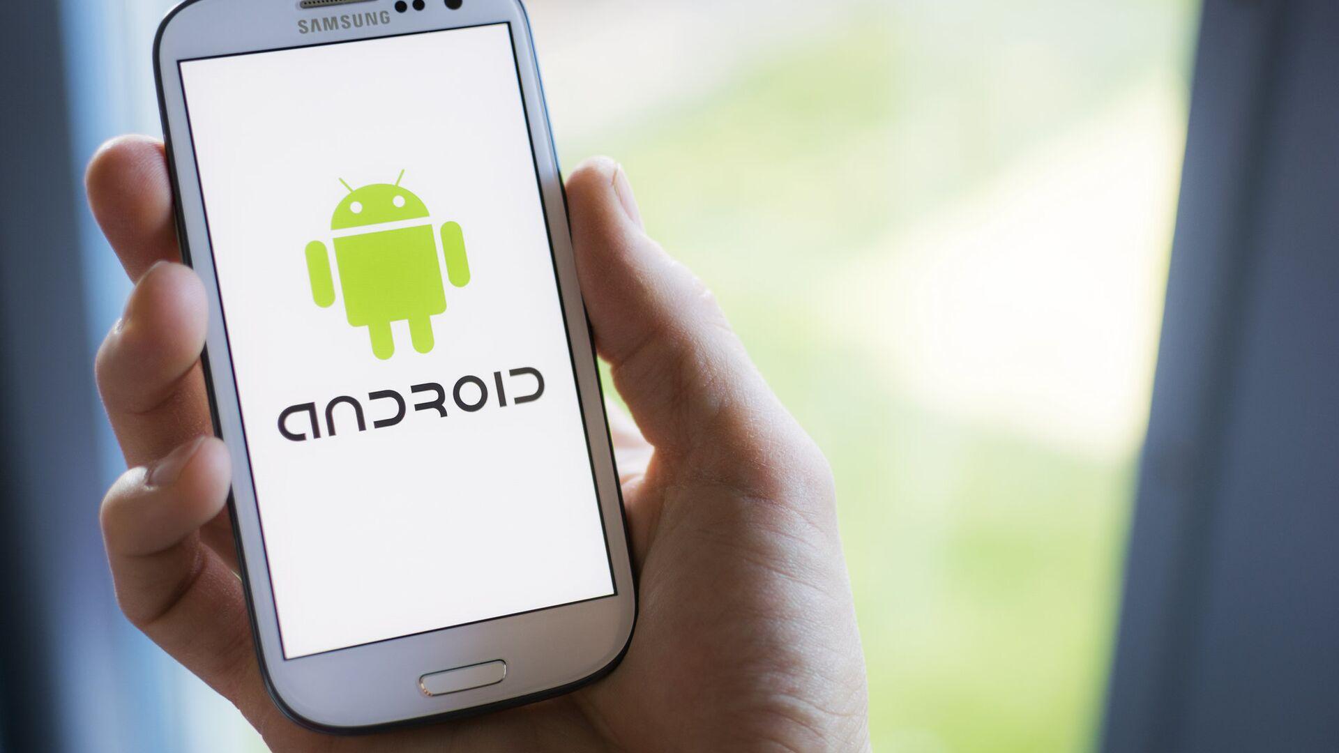 Операционная система Android мобильного телефона - РИА Новости, 1920, 22.12.2020