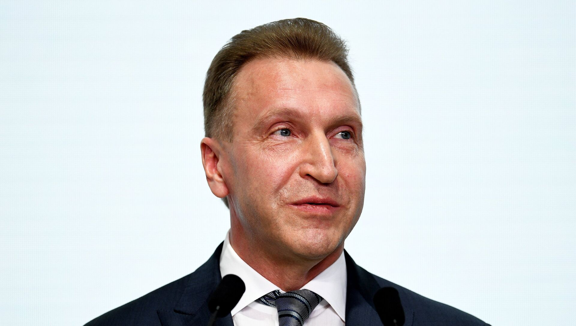 Первый заместитель председателя правительства РФ Игорь Шувалов - РИА Новости, 1920, 18.07.2018