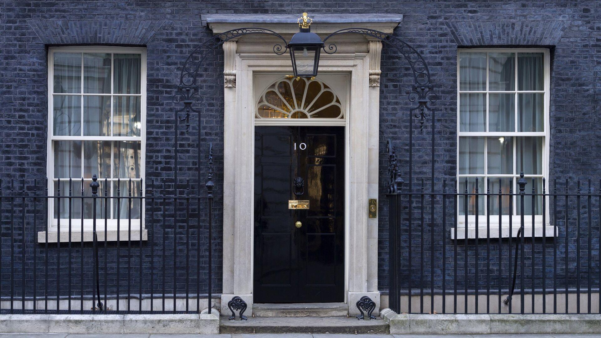10 Даунинг-стрит официальная резиденция и офис премьер-министра Великобритании в Лондоне  - РИА Новости, 1920, 11.10.2021