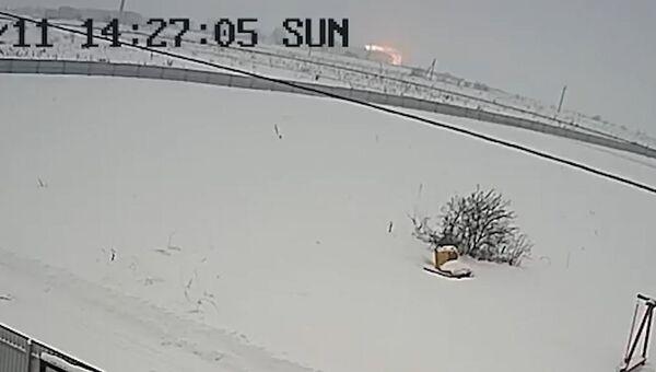 Камера видеонаблюдения зафиксировала момент падения Ан-148 в Раменском районе