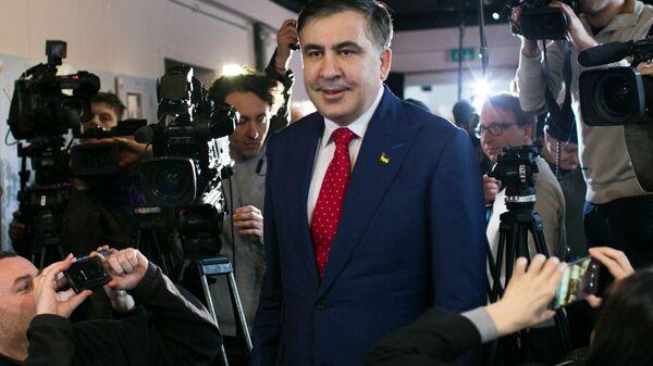 Михаил Саакашвили перед пресс-конференцией в Варшаве. 13 февраля 2018